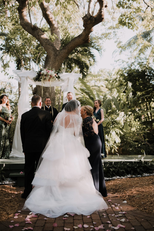 Hemingway Home Wedding Jess Ed 66 - Vintage Hollywood Wedding - Hemingway House Wedding - Key West Wedding Photographer